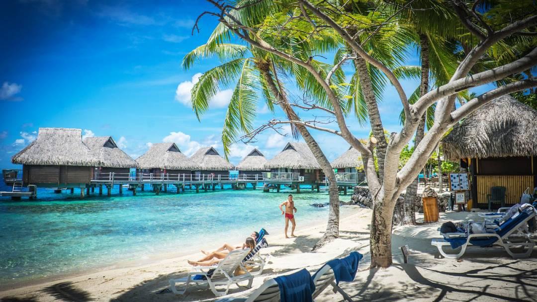 honeymoon destination Bora-Bora