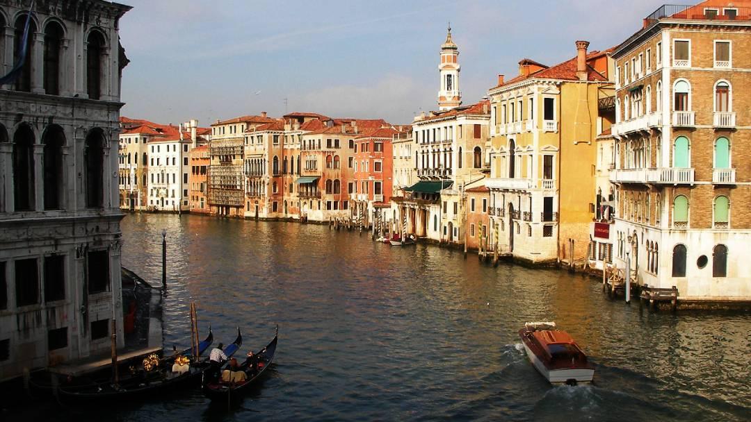 honeymoon ideas in Venice
