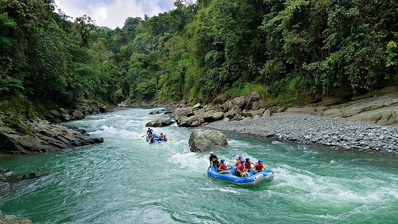 Honeymoon in Costa Rica Luxury Adventure Pacuare River